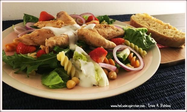 kyllingsalat-servert