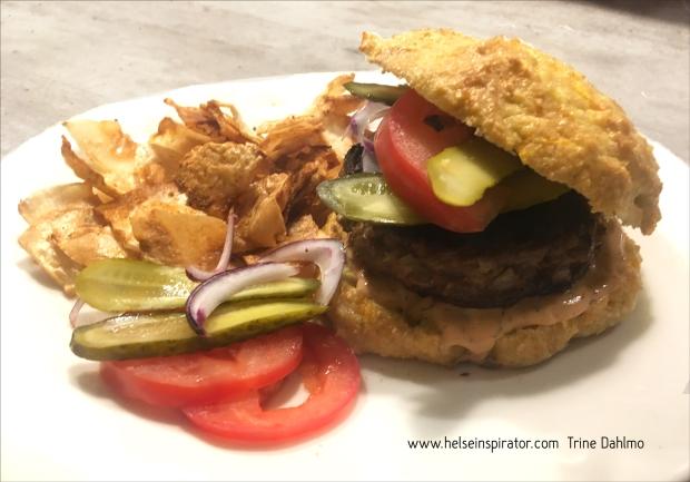Hamburgermeny servert