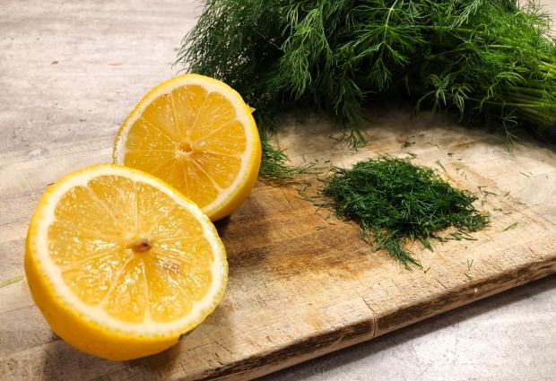Sitron og dill