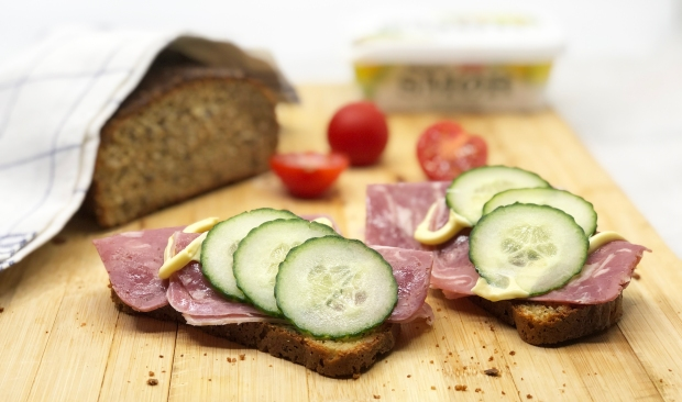 3 ss brød med pålegg R